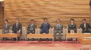 作家の室井佑月氏 安倍首相のやり方に苦言